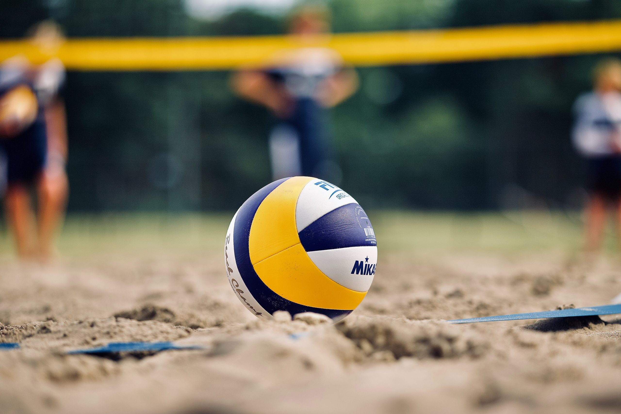 Womens volleyball upset in five-setter against Washington